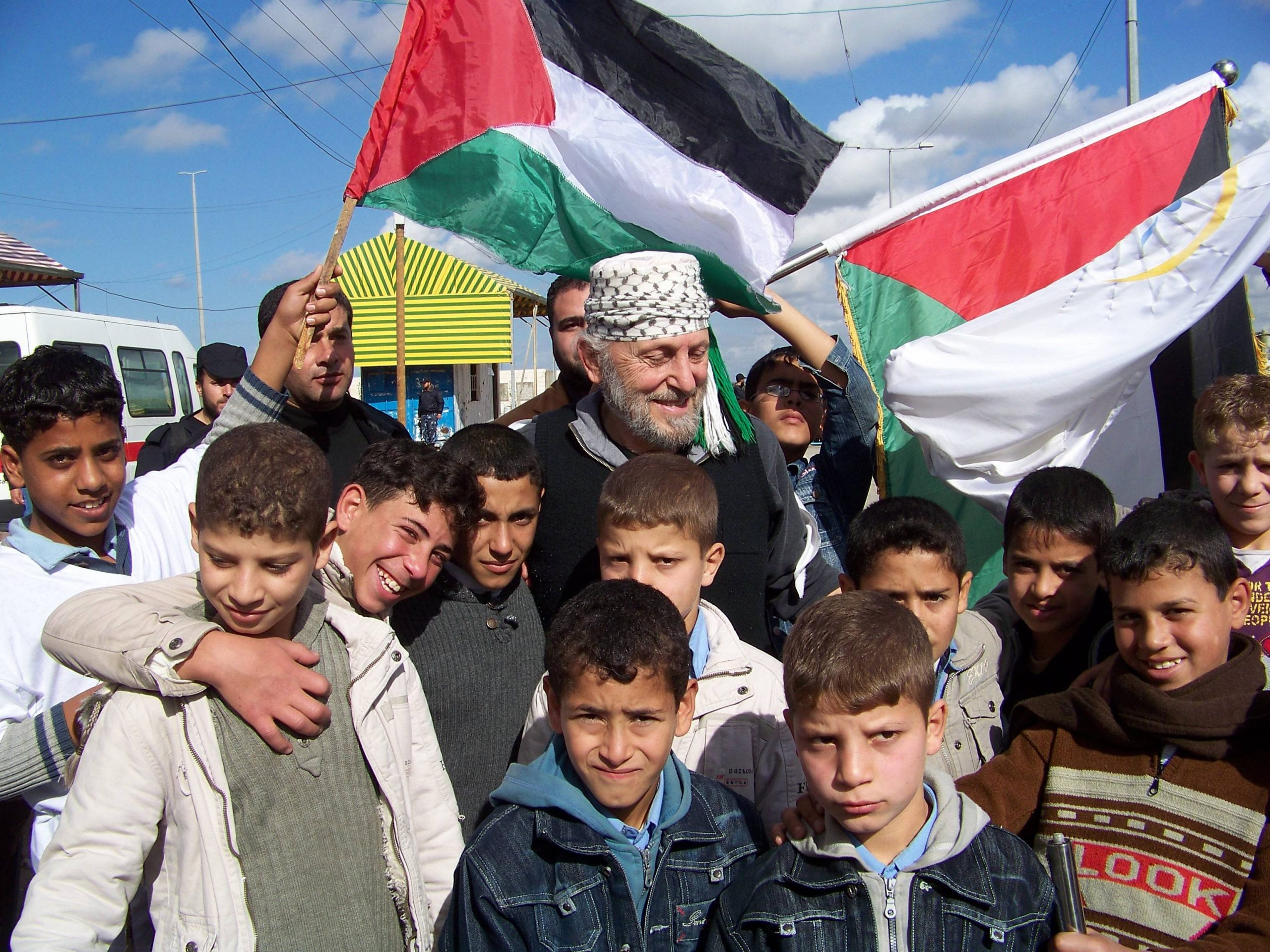 Yusif with Palestinian kids & flags